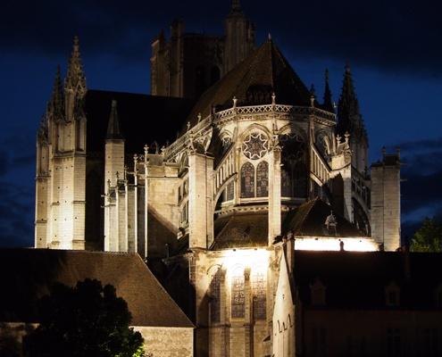 basilica-of-paray-le-monial-romanesque-church