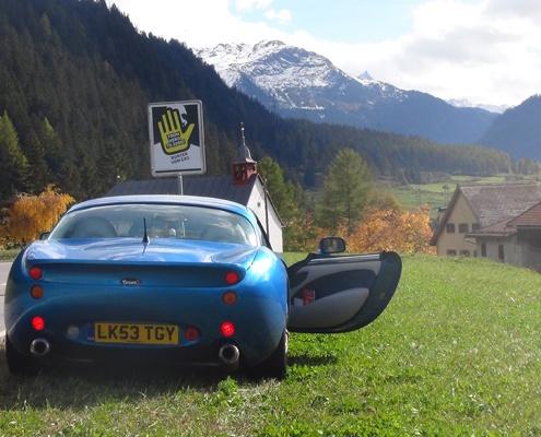 alpine-splugen-pass-tour-in-Summer