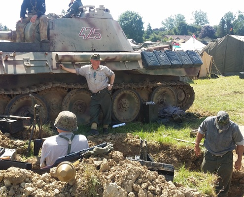 historical-tank-and-trenches