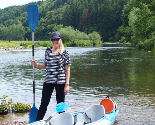 tranquil-canoe-trip-semois-river