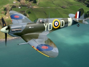 1024x768_Supermarine_Spitfire_Mk_Vb_Wallpaper_qfsq9-600x450